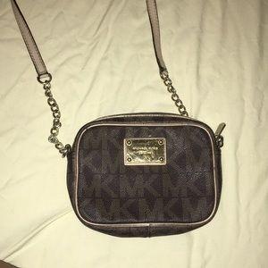 Small Michael kors crossbody bag